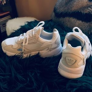 Adidas falcon white/off white sneakers